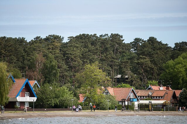 Dėl COVID-19 Palanga ir Klaipėda lyg skirtinguose pasauliuose: į Palangą guža turistai, uostamiestyje kai kurie viešbučiai..., nuotrauka-5, BNS nuotr.