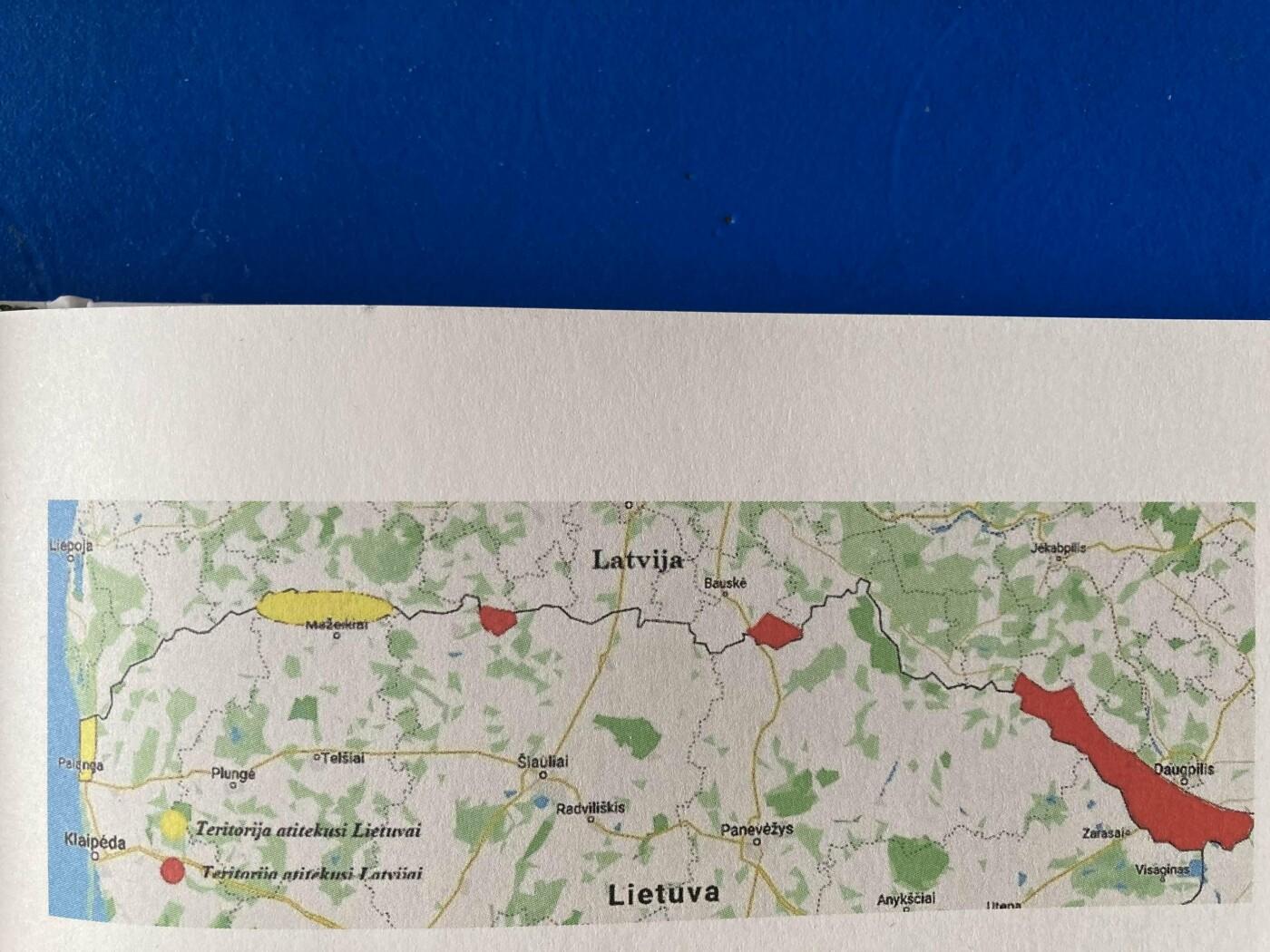 1921 m. teritorinių mainų tarp Lietuvos ir Latvijos žemėlapis. Geltona spalva nudažyta teritorija, atitekusi Lietuvai, raudona spalva – Latvijai. N...