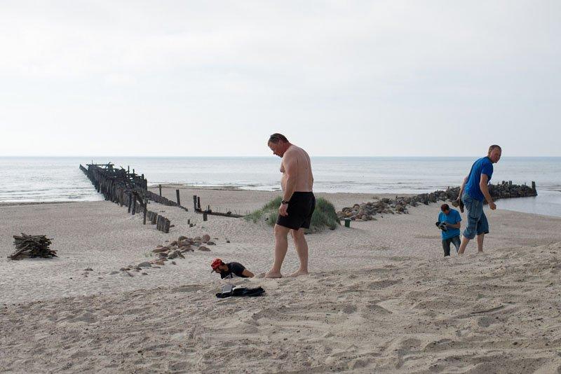 GINTARAS. Žmonės čia smėlyje randa mažų gintaro gabalėlių., Vitos JUREVIČIENĖS nuotr.